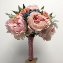 свадебный букет из искусственных цветов